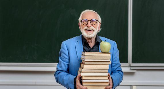 Guía básica para relacionarte con un profesor